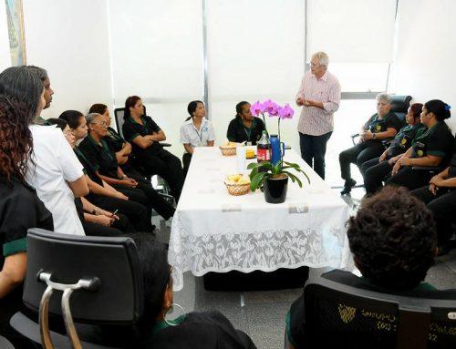 Ribeiro homenageia funcionárias da CLDF pelo dia das mulheres