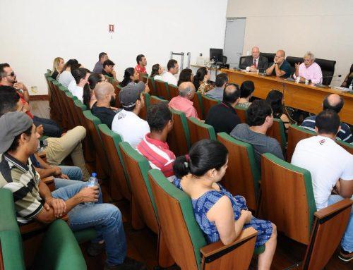 Ribeiro recebe trailistas e ambulantes de Águas Claras